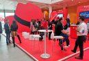 Red Hat quiere llevar el software libre al universo